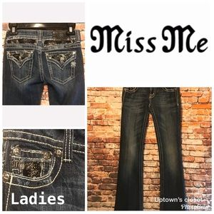Miss Me brand blue denim Jeans 👖 size 26 bling